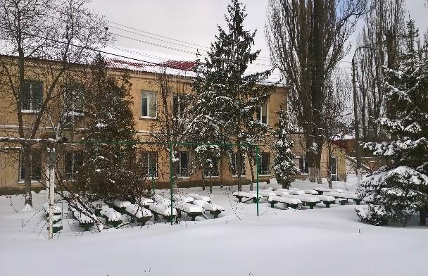 Складські приміщення, розташовані за адресою: м. Київ, вул. Перемоги, 20 на території колишнього автотранспортного підприємства