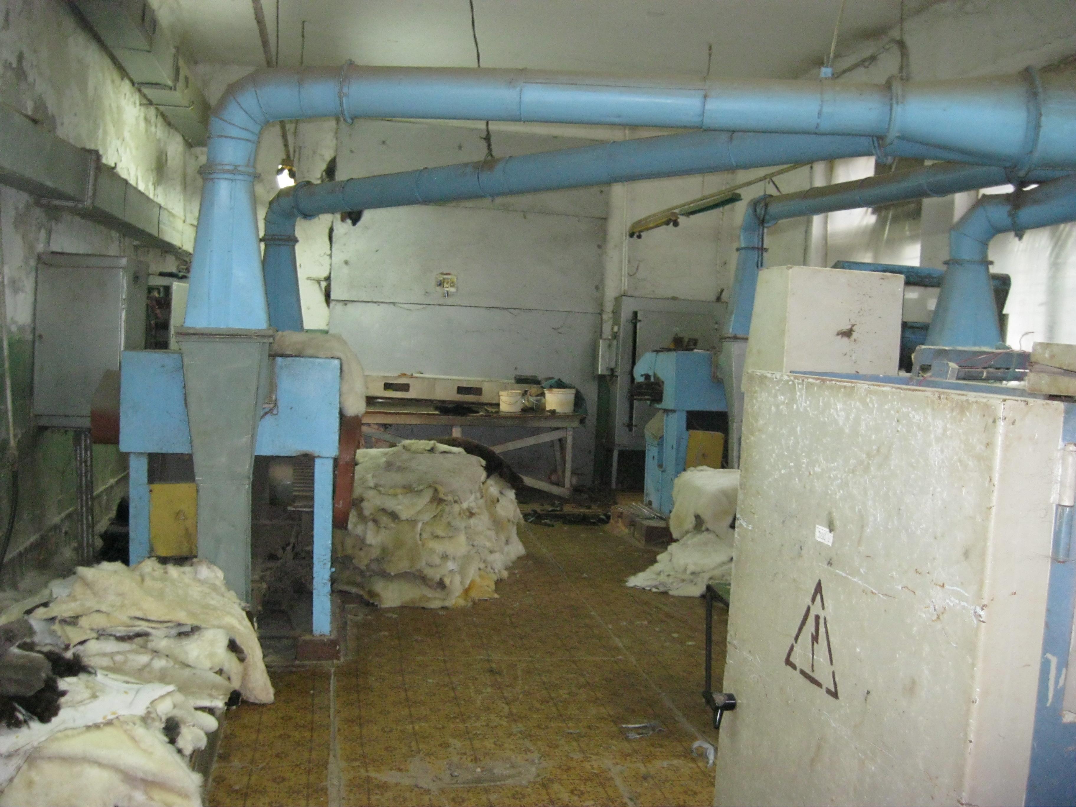 Нежитлові приміщення в м. Тисмениця площею 1950,3 кв. м