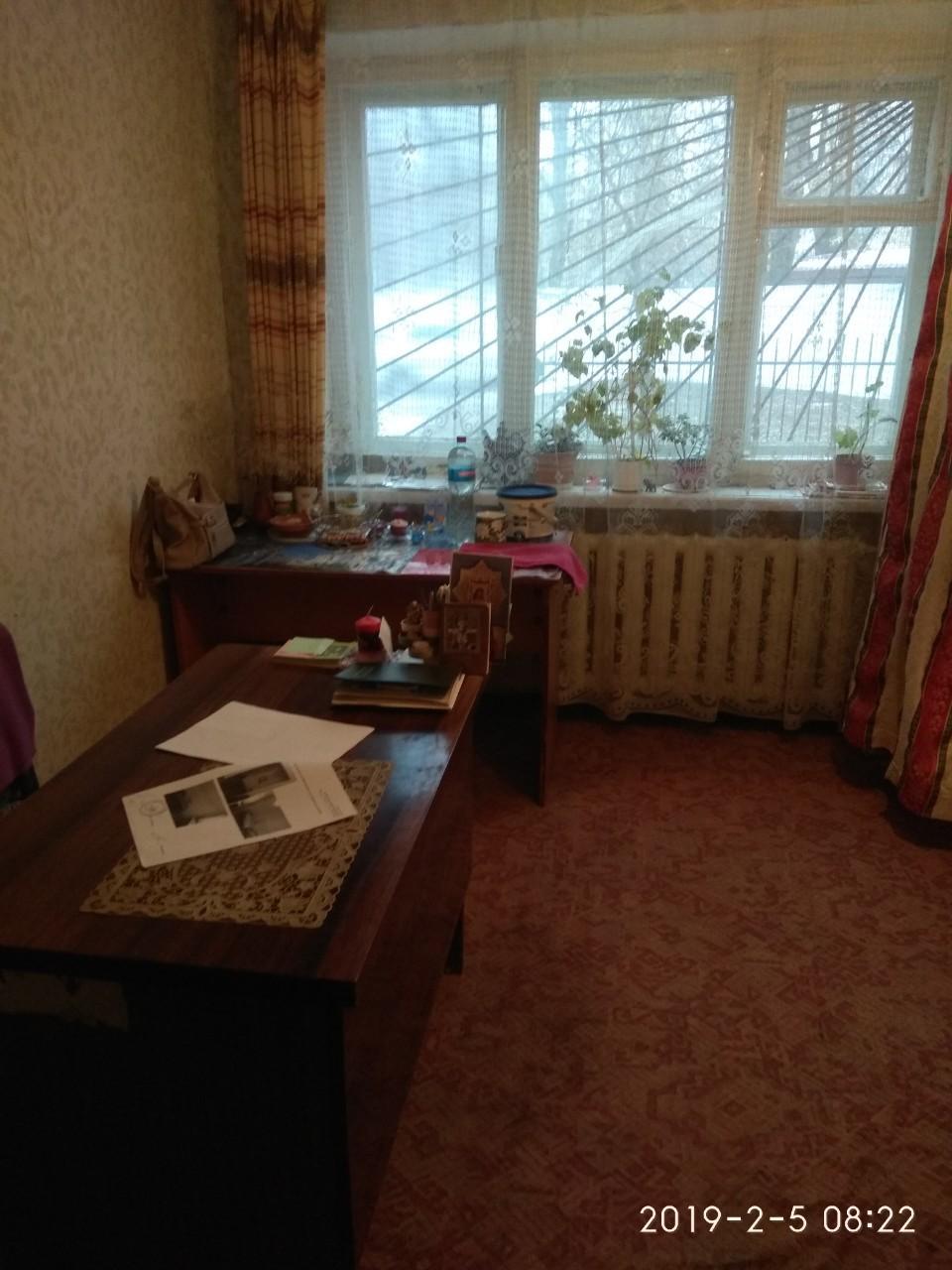 Нежитлове приміщення 1-го поверху, площею 14,0 кв.м, м, Бровари