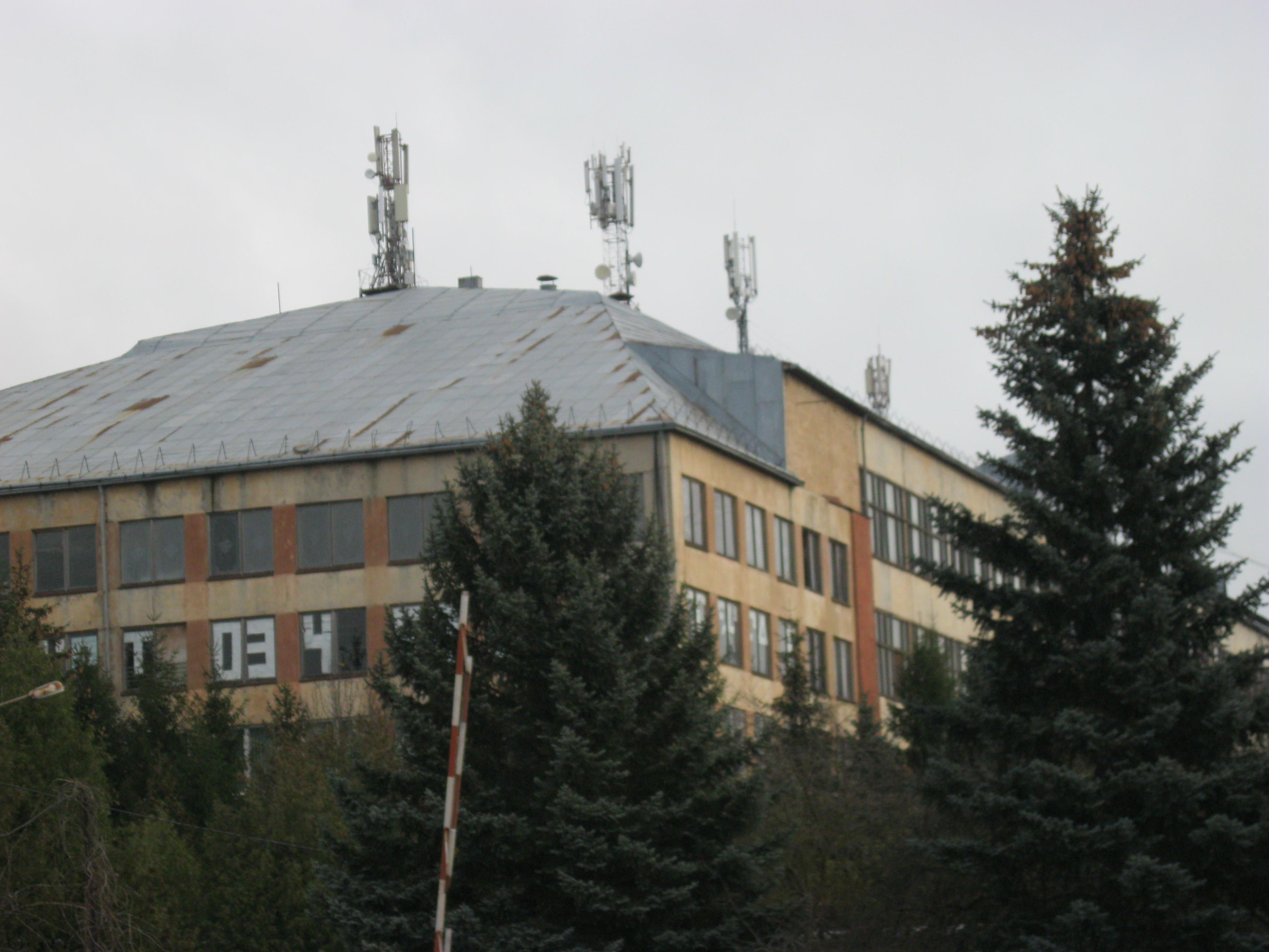 Частина даху головного виробничого корпусу м. Тисмениця
